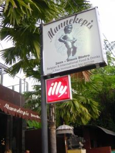 Manneken Pis is following me - Belgian Restaurant!
