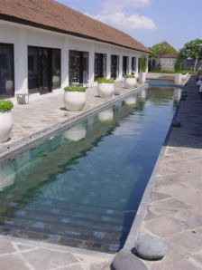 Casa Indigo - lovely long pool