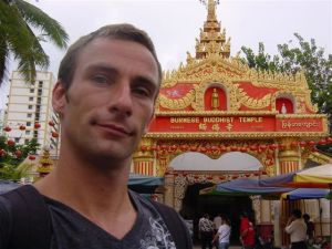 A new buddhist at the Burmese temple?