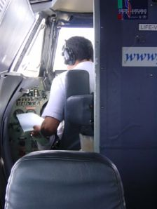 And then the pilot pulled out the manual (PH)